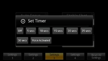 Camera Zoom FX lets you set several timer options so that everyone can stay in the picture.