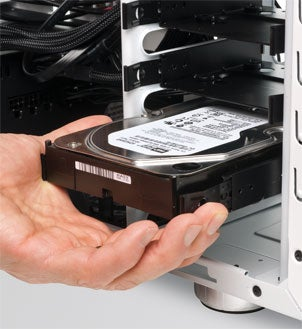 Mounting the harddrive