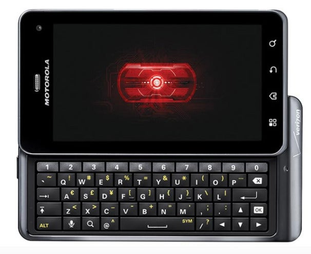 Motorola Droid 3 Roars in with New Features