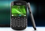 BlackBerry Bold 9930 smartphone