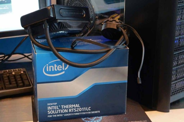 Intel is even readying a liquid cooling solution for overclockers and silent PC enthusiasts.
