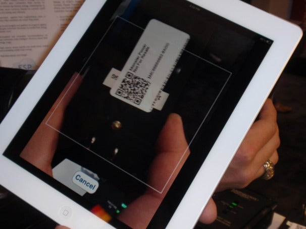 A new power center is added easily by scanning a QR code