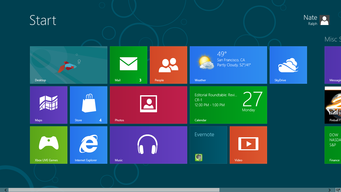 Windows 8's live tiles keep