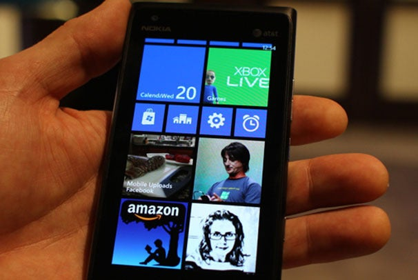 Smartphone OS Showdown: Apple, Google, Microsoft, RIM Gear ...