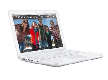 Low-end MacBook Gets Unibody Design