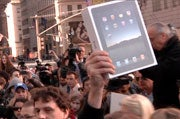 Apple Delays International iPad Launch by a Month